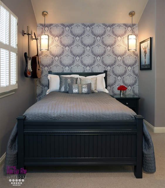 Providing a statement wall allows you to decorate more simple and clean.